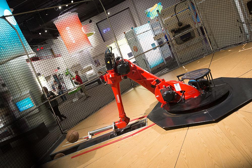 Robot Basketball3