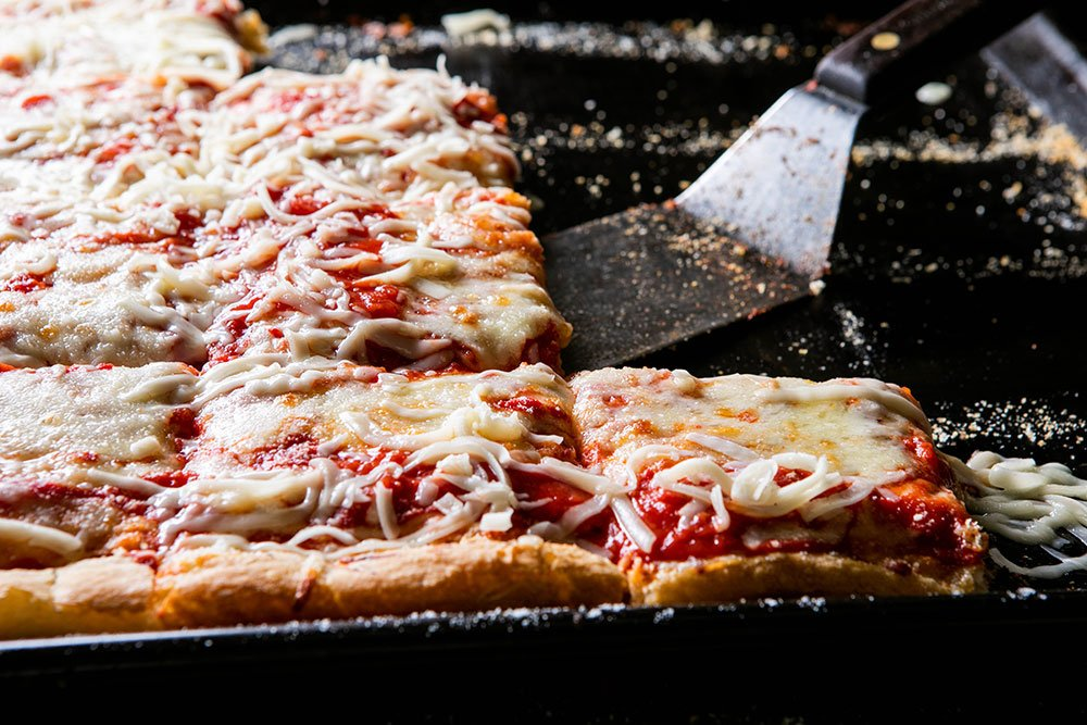 Lpetrilla Pizzahousephp 4198