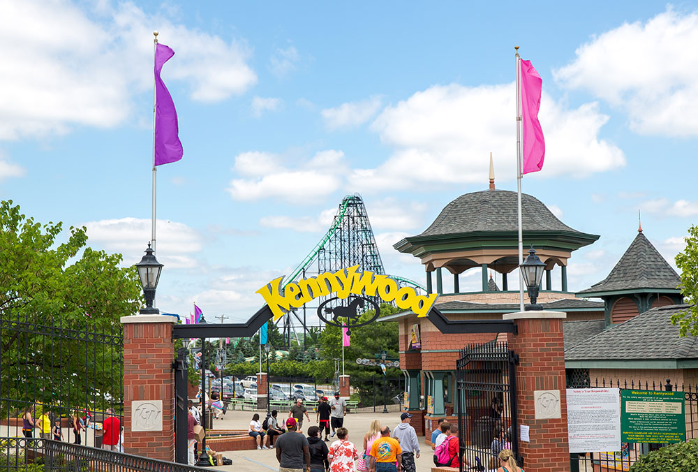 Kennywood Park Entrance Phantoms Revenge Kurt Miller