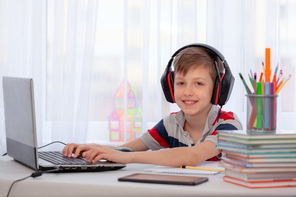 Keeping your children focused on their online schoolwork during the pandemic
