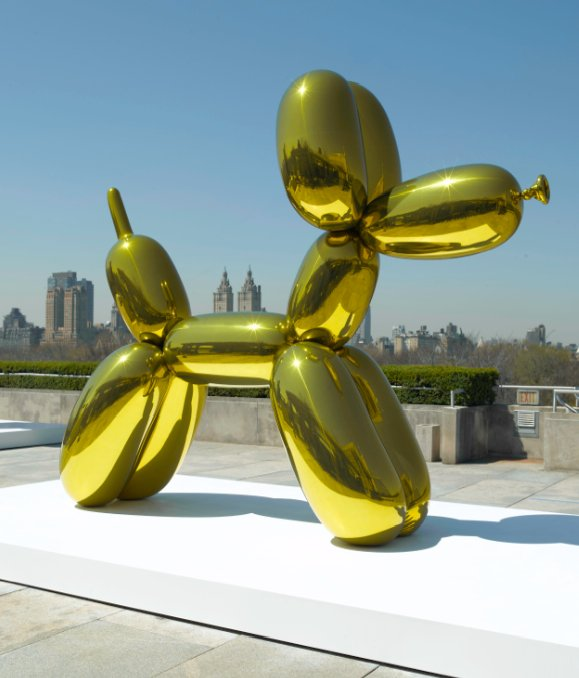 """Balloon Dog"" brightens up the rooftop garden of the Metropolitan Museum in 2008. An orange version sold for a record-breaking $58.4 million in 2013. (Photo courtesy of the Metropolitan Museum of Art)"