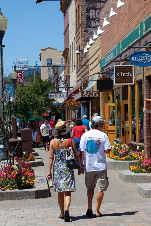 Truckee's charming Commercial Row