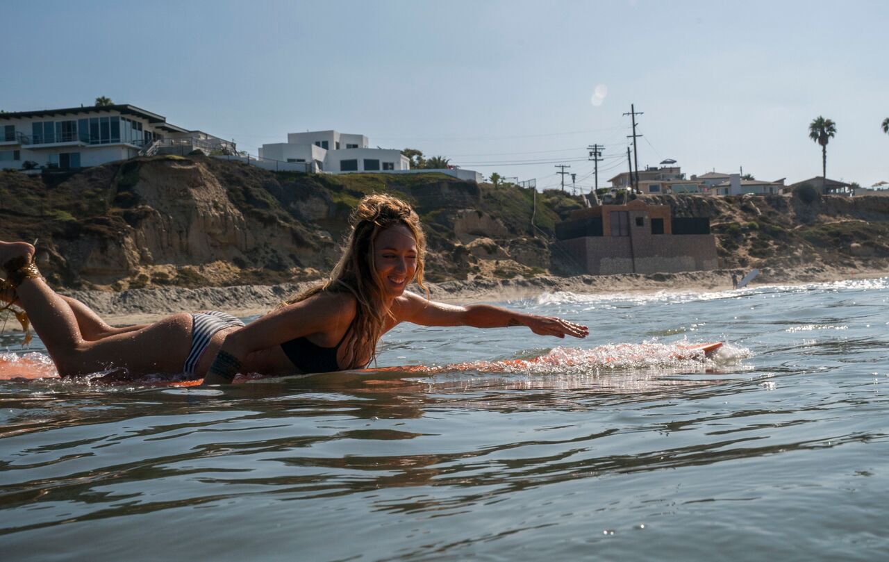 Sylvie Coulange #secretlivesweek surfing