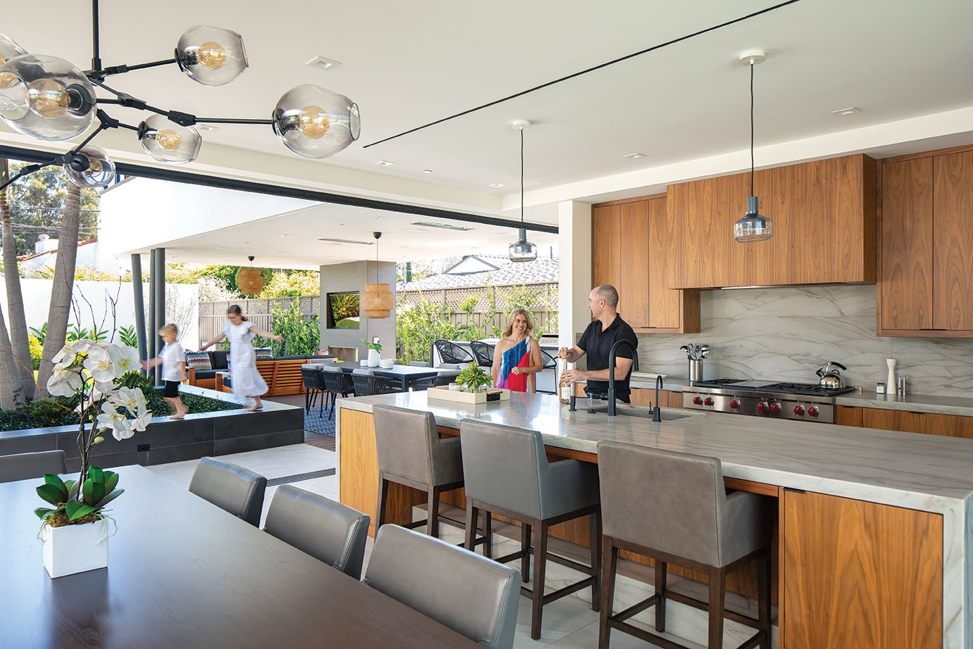 modern family home kitchen dining indoor outdoor living