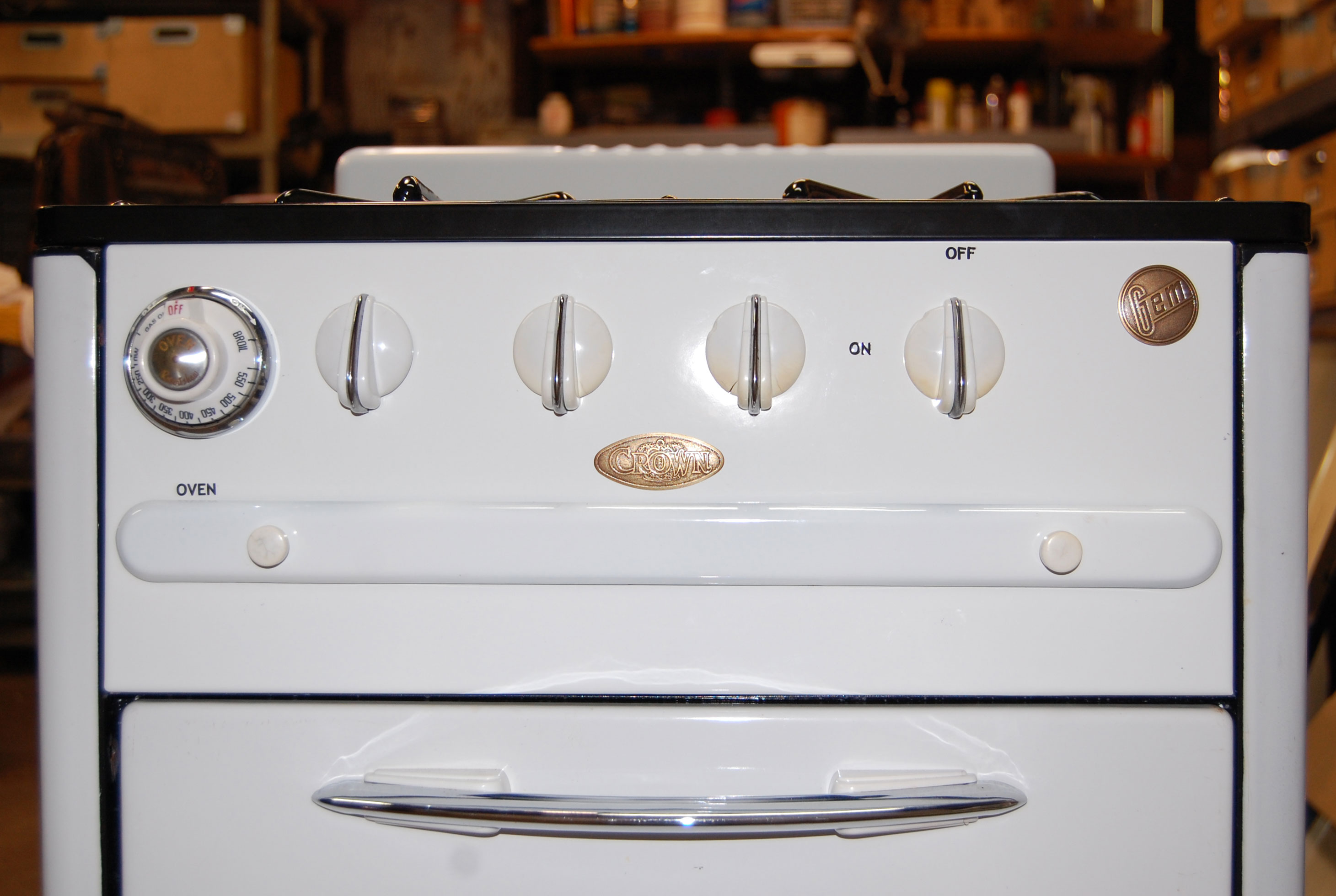 Why Where And How To Buy A Vintage Stove San Diego Home