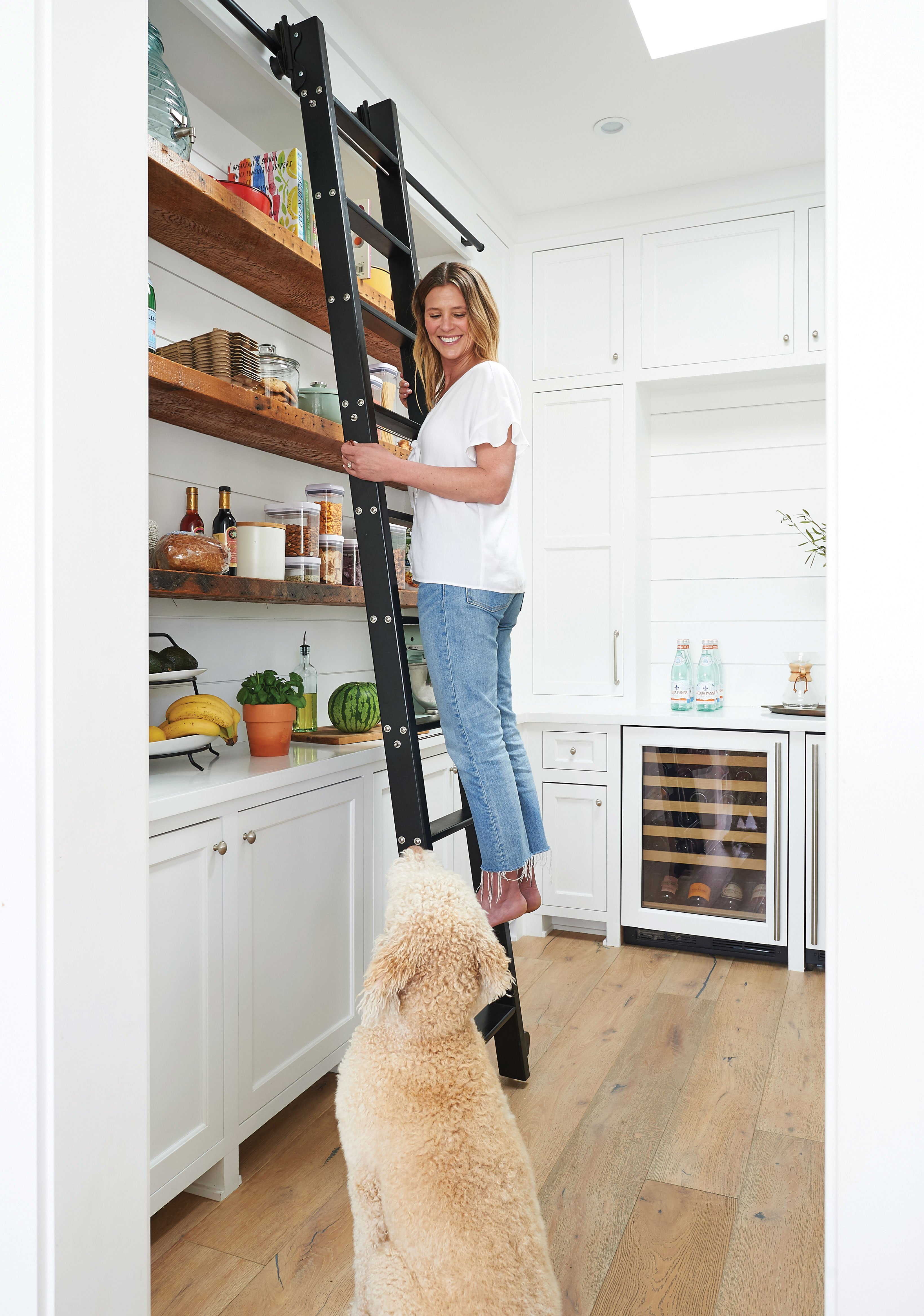 DIY kitchen butler's pantry