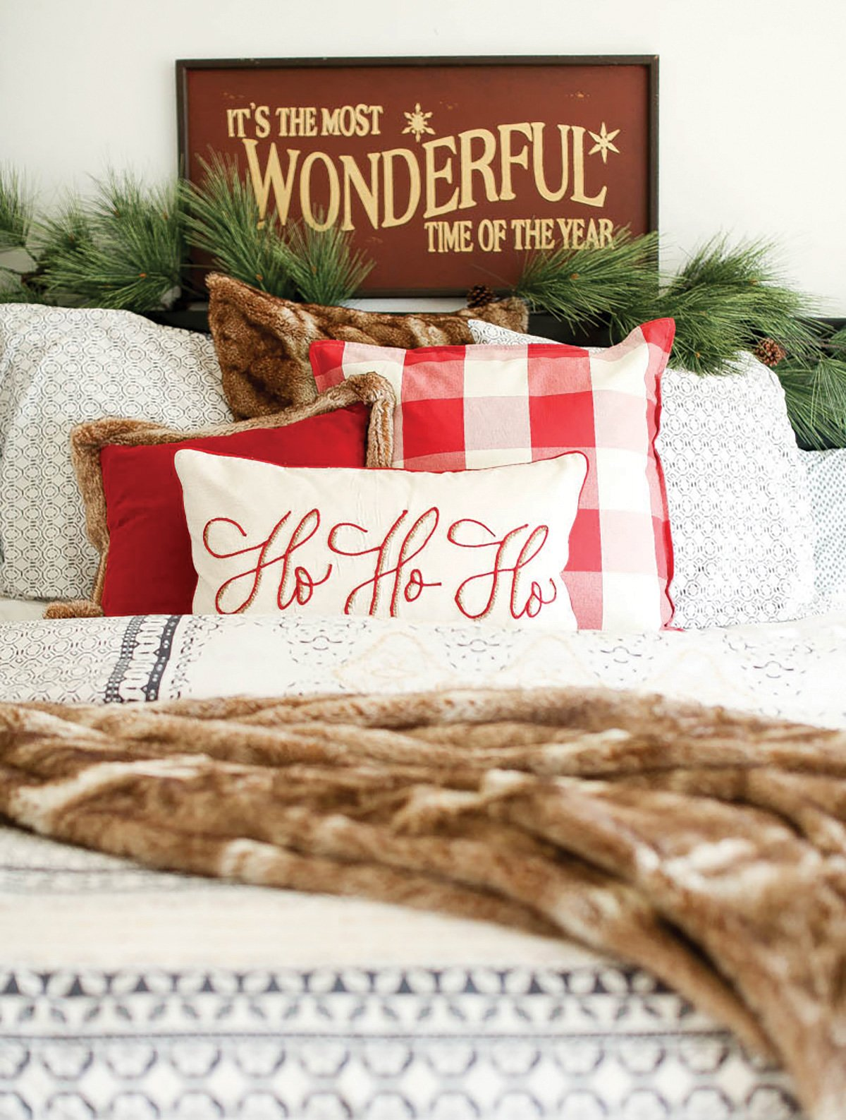 city girl gone mom bedroom christmas decorations