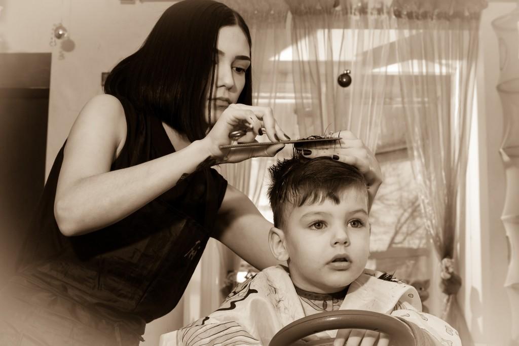 Hairdresser 659145 1920
