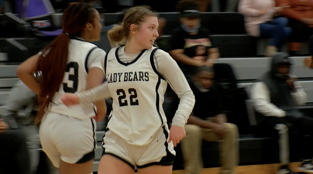 Lee County Basketball Splits Road Games In Houston County