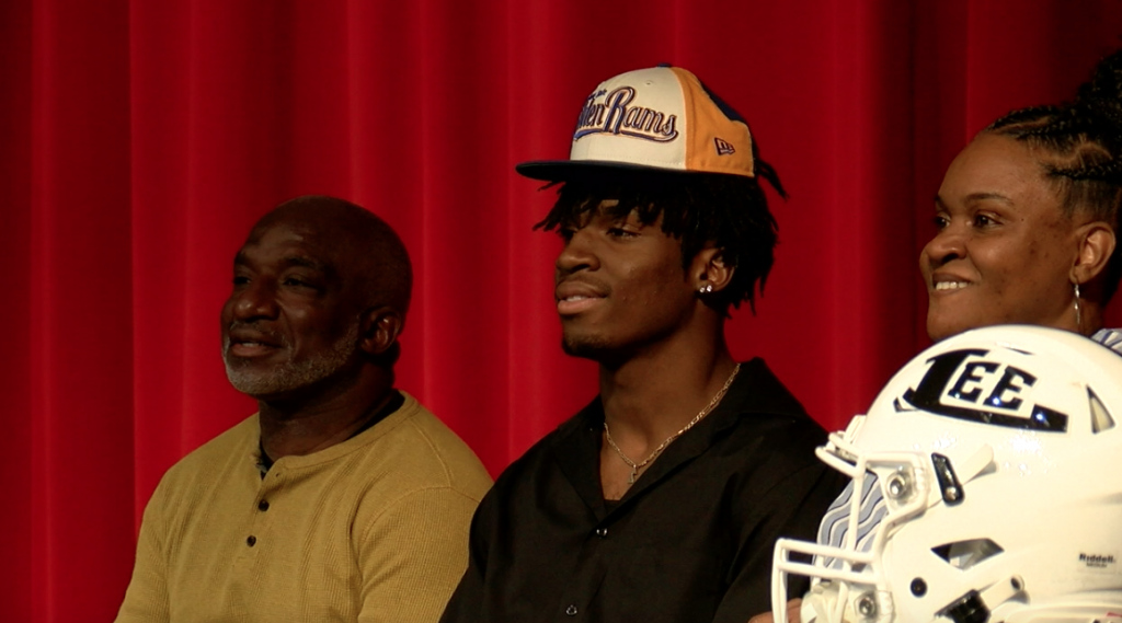 Players Across South Georgia Sign National Letters Of Intent