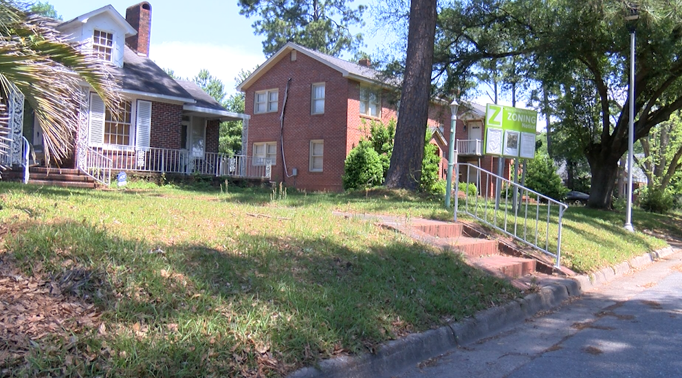 Community Members Voice Concerns About Zoning For Halfway House