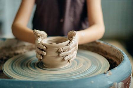 Pottery 91678840 S