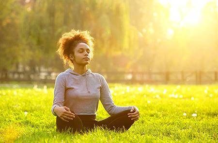 Woman Sun Meditating 40878150 M
