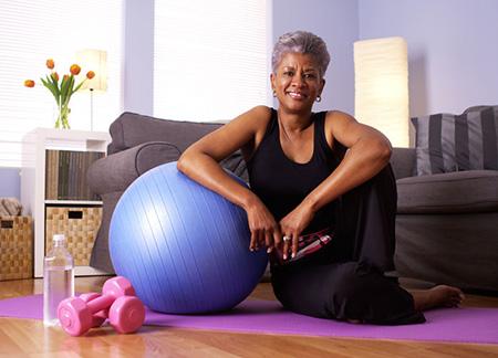Woman Menopause 33838013 S