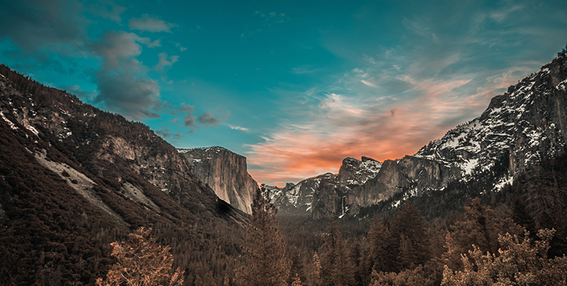 Christian Vasile Yosemite Unsplash