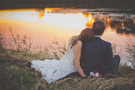 Wedding Couple 82348 Unsplash