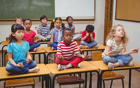 Yoga Kids Classroom 50287037 S