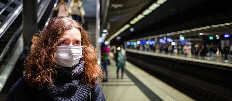 Woman Surgical Mask 139575466 S
