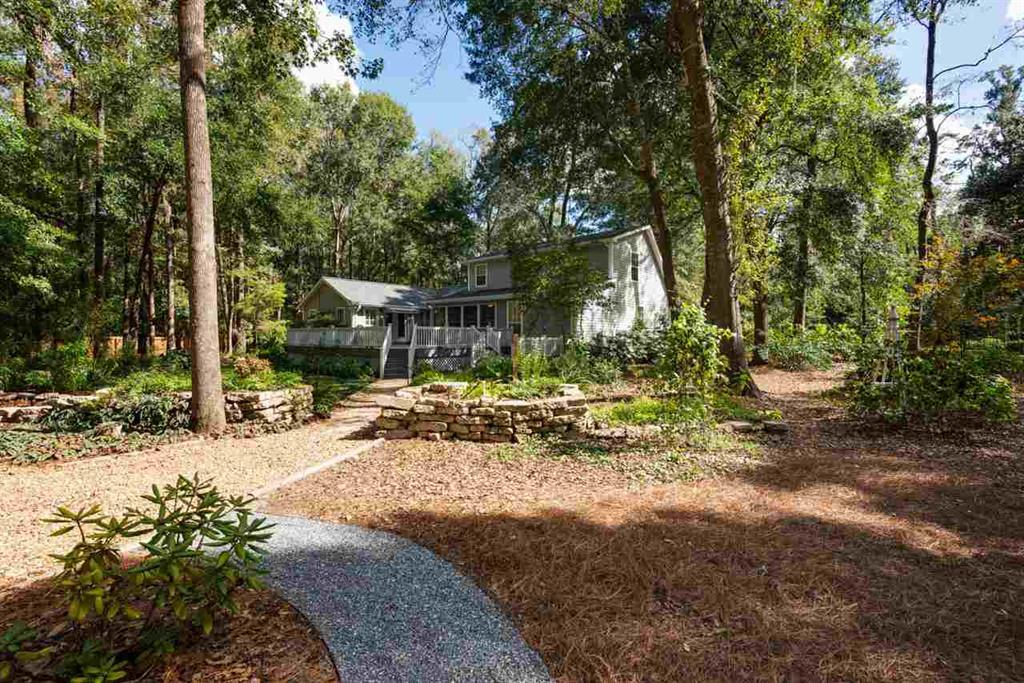 2001 Thomasville Road / 320 Spruce Creek Drive, Tallahassee, FL
