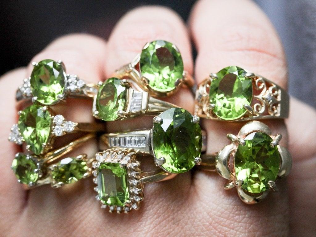 Vintage Peridot Ring August Birthstone0001 1024x1024