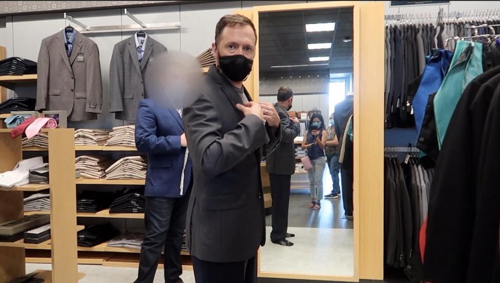 Leo Suit
