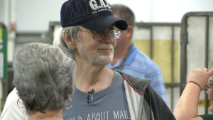 Postal worker recognized