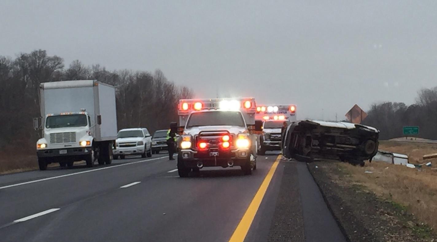 UPDATE: Lanes reopened after Highway 412 crash in west
