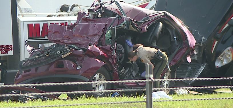 Woman dies in 3-vehicle wreck on I-40 - WBBJ TV