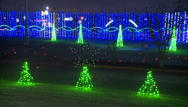 Shadracks Christmas Wonderland.Shadrack S Christmas Wonderland Comes To An End Wbbj Tv
