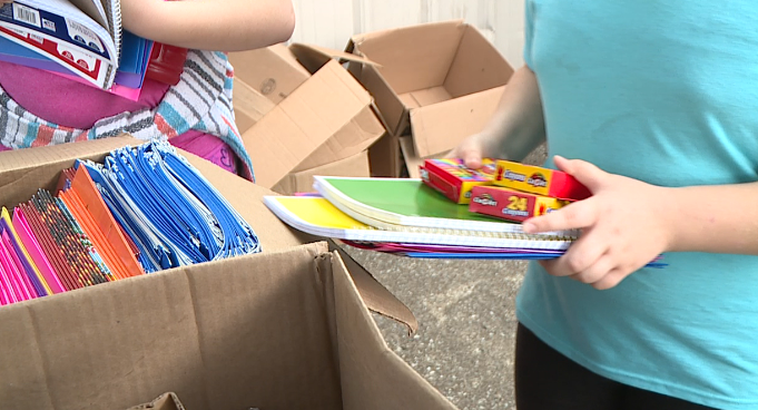 Community members team up to give back to Crockett Co