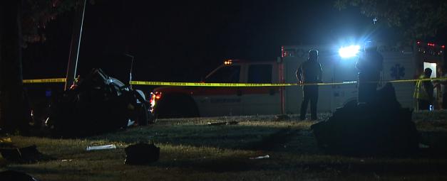 Authorities confirm 3 dead in car crash on Highway 70 - WBBJ TV