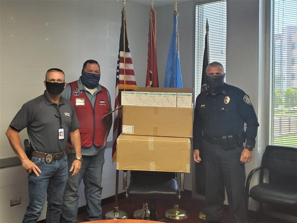 Jackson Police Receive Donation From Lowes