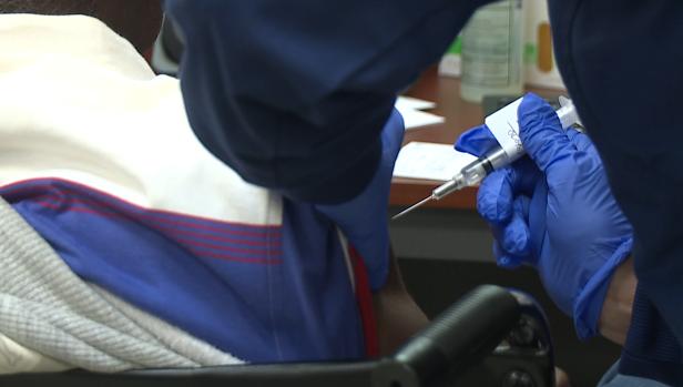Vet Receives Vaccine In Savannah