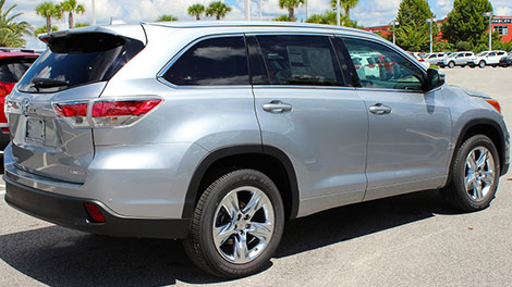 Jump Into Fall With The N Charlotte Toyota Highlander