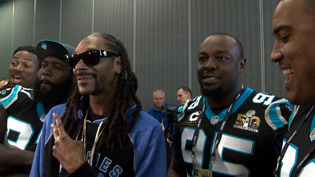 Snoop Dogg meets the Carolina Panthers