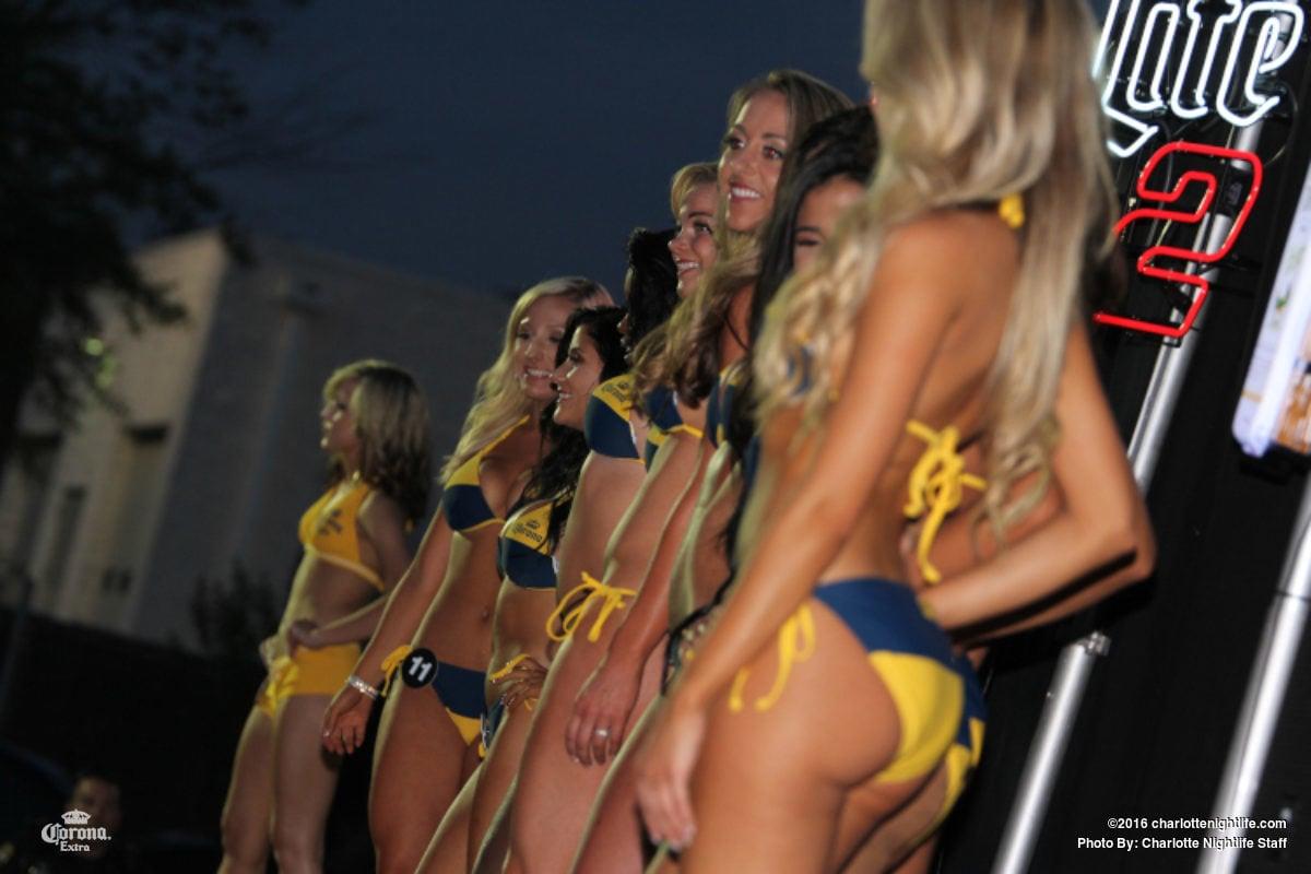 bikini hooters 2005 may contest