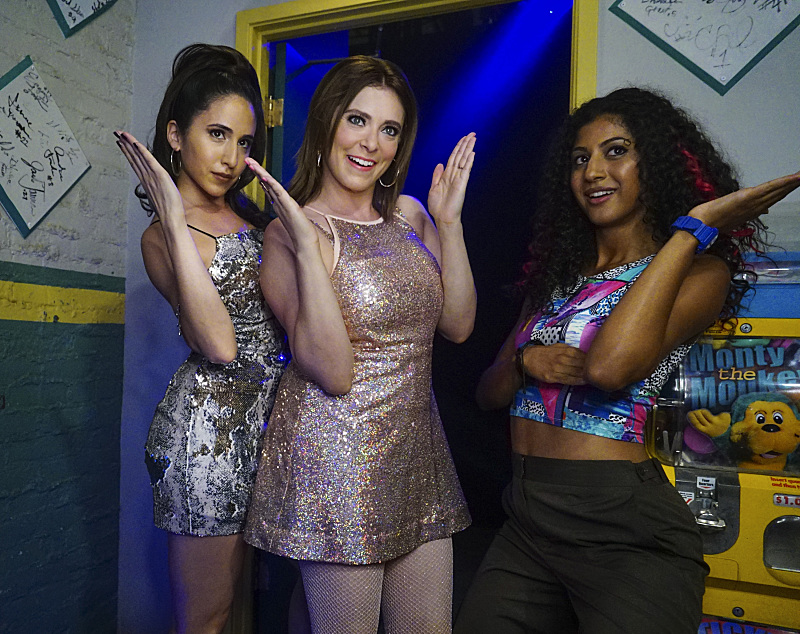 "Crazy Ex Girlfriend -- ""Who Needs Josh When You Have a Girl Group?"""