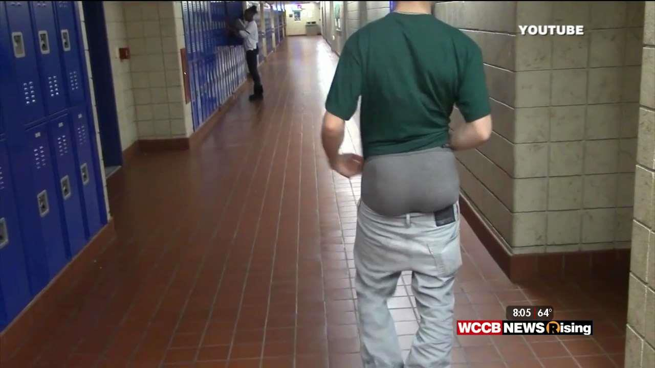 """saggy pants should be banned Puts forth a bill that seeks to ban and fine people who wear sagging pants  """" pants should be worn at the waist as a matter of decency and."""