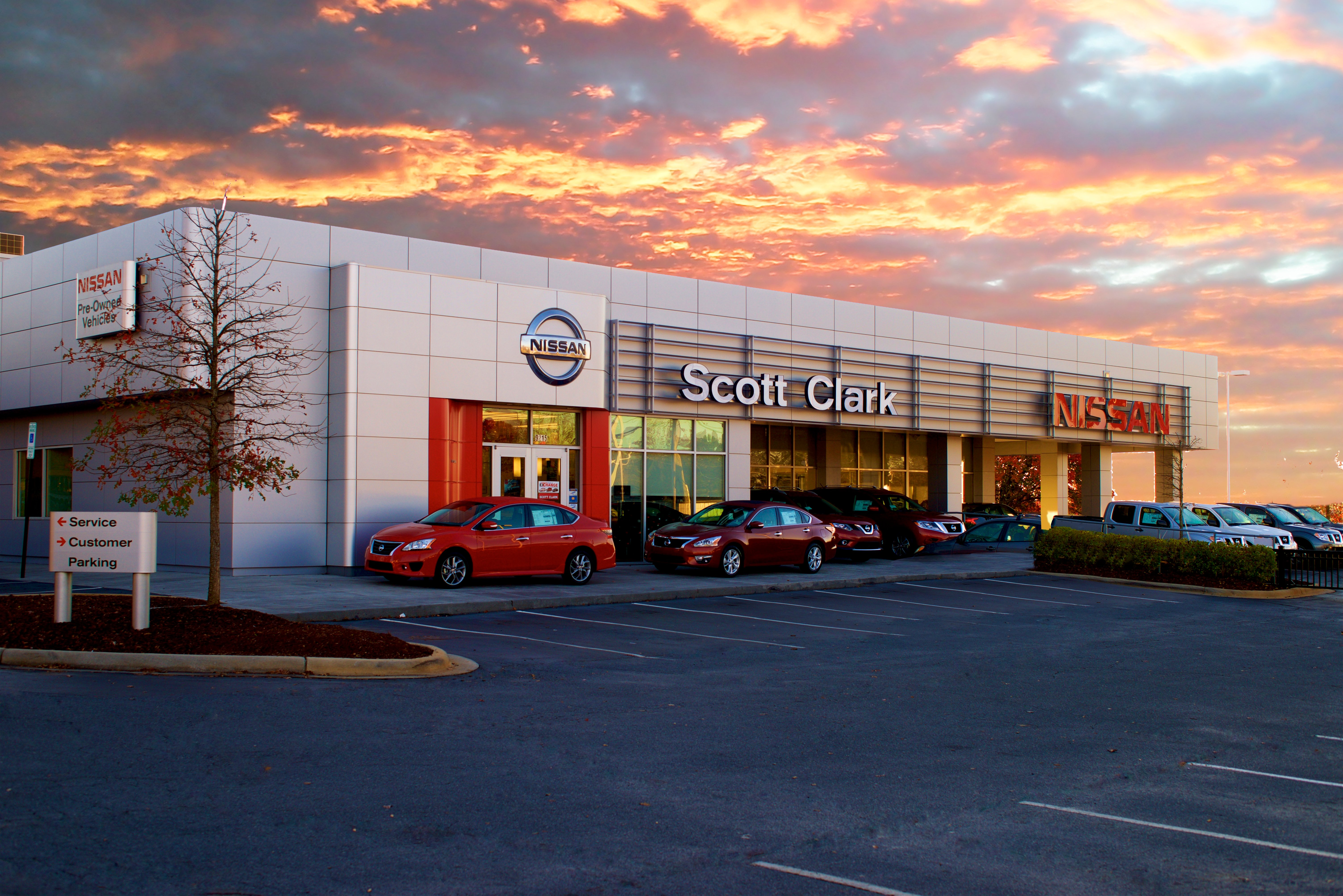 local charlotte nissan dealership named one of the 50 best in the world wccb charlotte. Black Bedroom Furniture Sets. Home Design Ideas