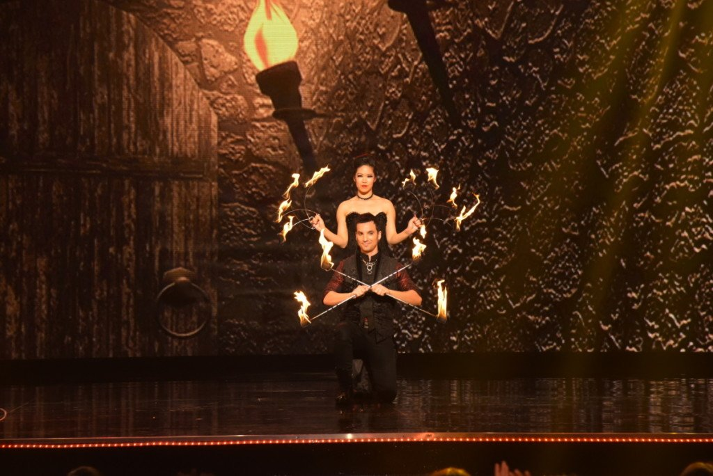 "Masters of Illusion -- ""Floating Fire, Quick Hands, and One Spidey"""