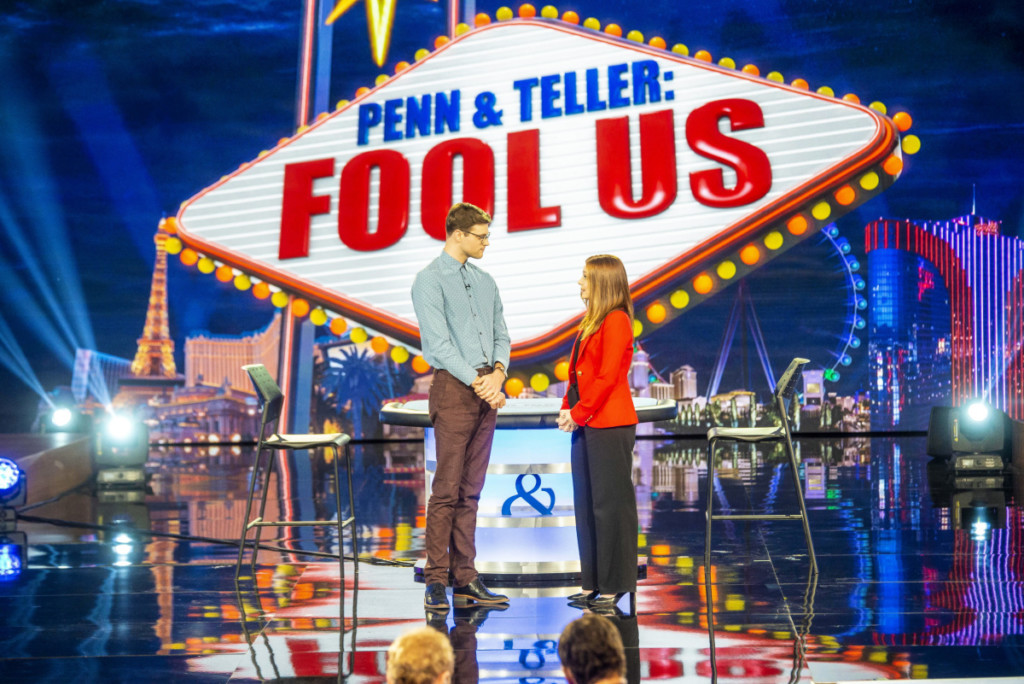 "Penn & Teller: Fool Us -- ""Penn & Teller Hit the Streets"""