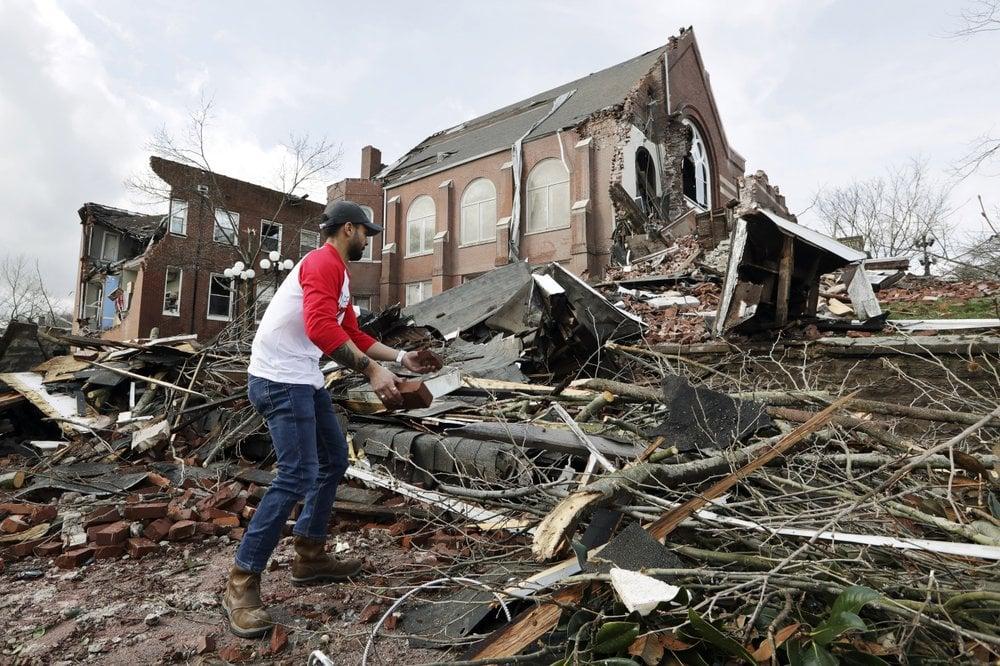 Nashville Tn Tornadoes Ap 03