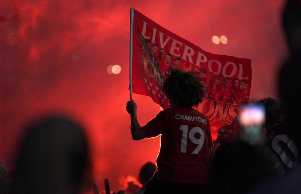 Liverpool Ap 01