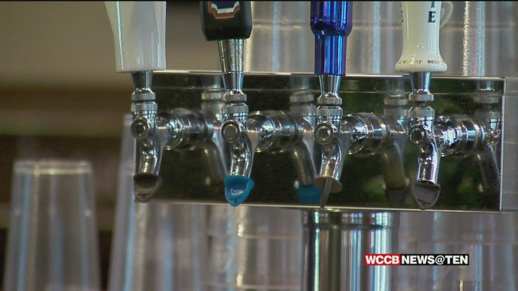Mecklenburg Co. Considers Limiting Late Night Alcohol Sales