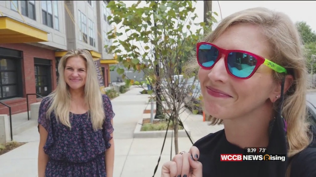 Going Green: Nicole & Just Jess Check Out Local Plant Shops