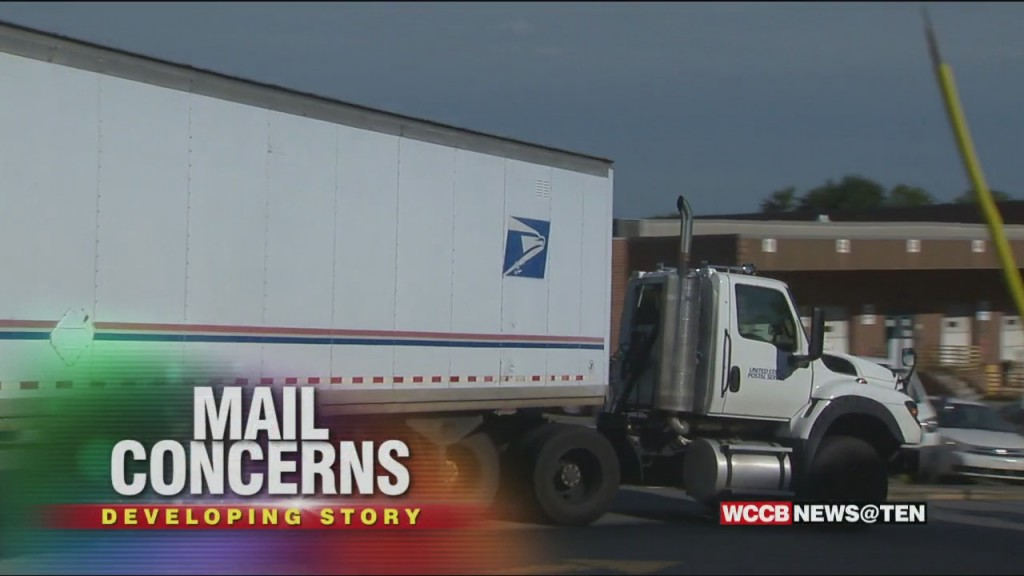 Postal Workers Rally In Uptown; Say 7 Sorting Machines Have Been Removed