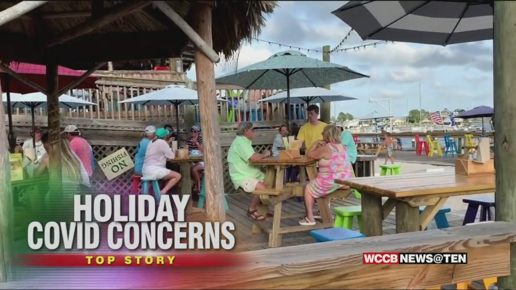 Experts Plead For Social Distancing And Care During Holiday Weekend