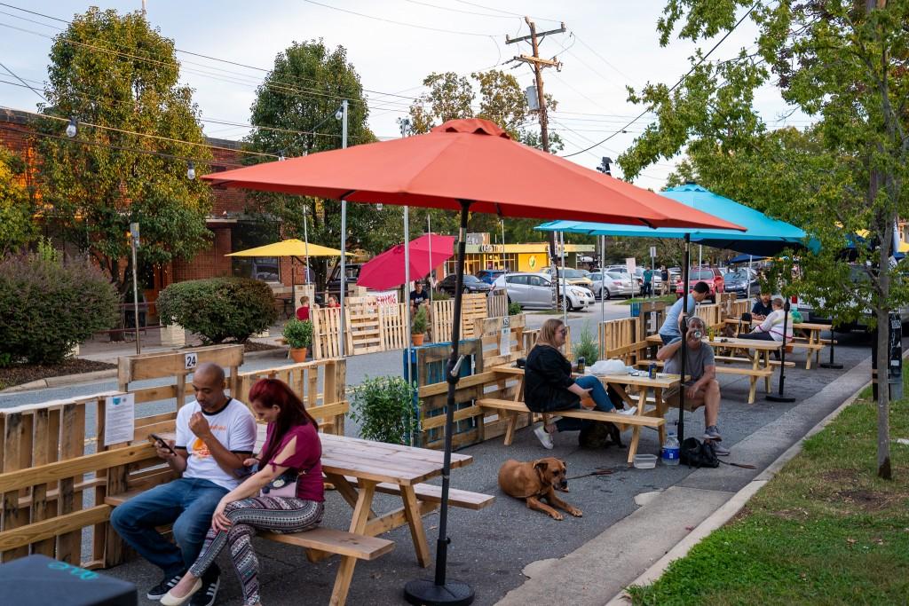 Thomas Streatery Serves Up Streetside Food & Fun