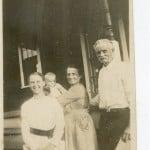 Gaze, John Left To R Sybil Gaze, Child, Grace Gaze & John Gaze Ca 1922