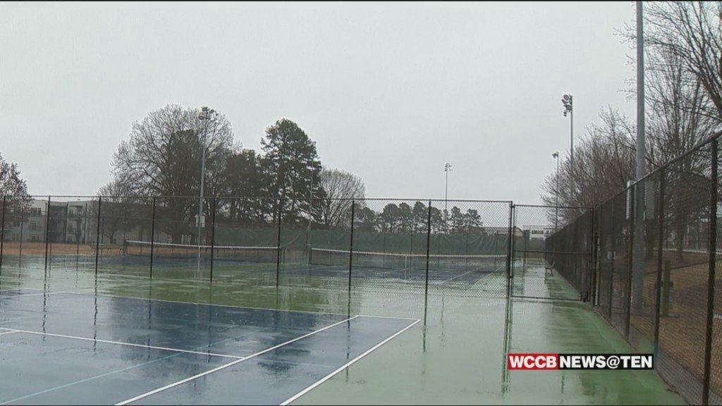 Hundreds Of Signatures On Petition To Turn Tennis Court Lights On At Public Parks In Mecklenburg County